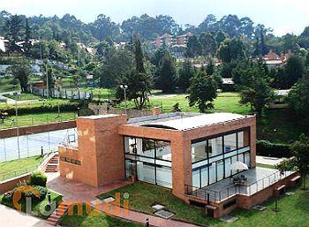 Casas en venta en gratamira las villas ciudad jard n for Casas en ciudad jardin