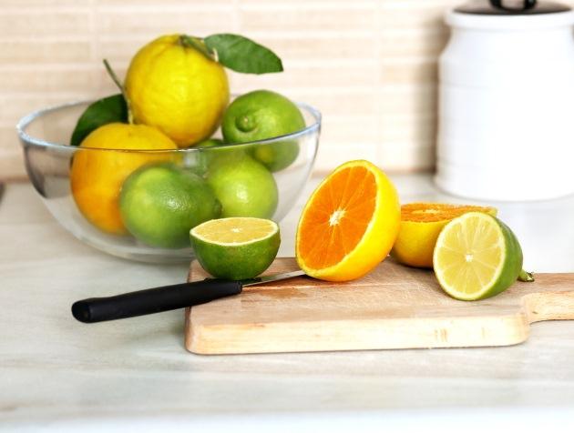 7 ambientadores caseros revista lamudi - Ambientador casero limon ...