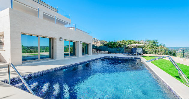 Cu nto cuesta hacer una piscina revista lamudi for Cuanto cuesta hacer una pileta de natacion